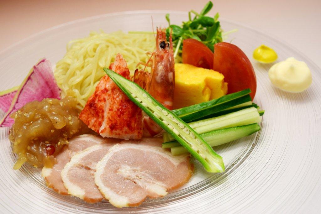 新メニュー『今月の洋食』 大磯屋麺使用 特製冷やし中華