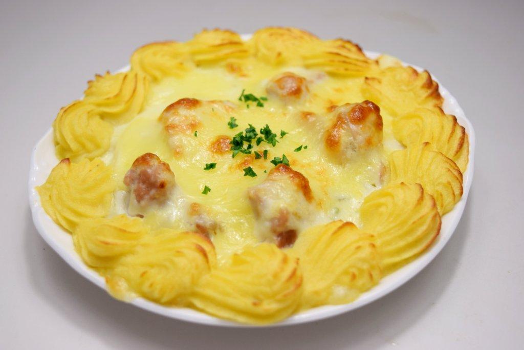『今月の洋食』 チキンと法蓮草のグラタン ソレイユ風