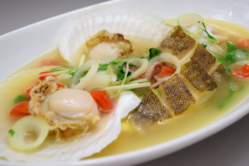 北海道産帆立と本日の魚のナージュ